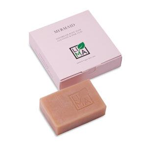 Rosa Körperseife für empfindliche und feuchtigkeitsarme Haut mit natürlichen Ölen und mineralisierender Tonerde