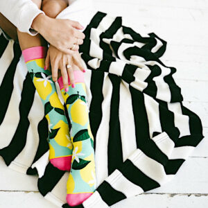 Zauberhadte damen-Socken mit Zitronen in knalligen Farben