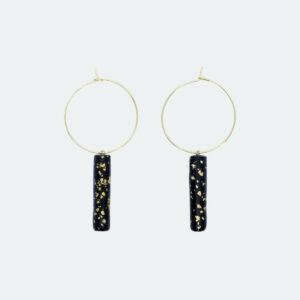 Stylische Creolen-Ohrringe mit schwarzen Pendelhänger mit Goldsprenkeln von 5MM Paper
