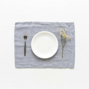 Patzset/Tischset aus Leinen, hellgrau von LINEN TALES